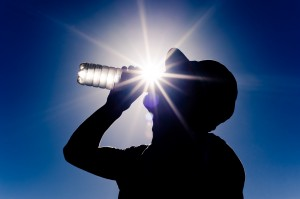 2015 08 12.Man Sun water drinking